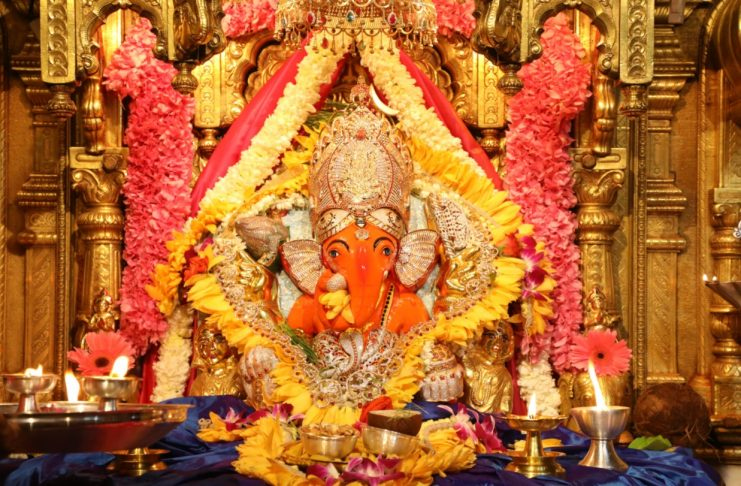 16 thousand liters of ghee was bought in Shri Siddhivinayak temple for 50 lakhs and now it will be auctioned