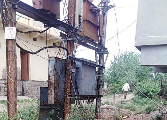 Manasa News- Monkey died due to electrocution, forest department got PM to reach the spot