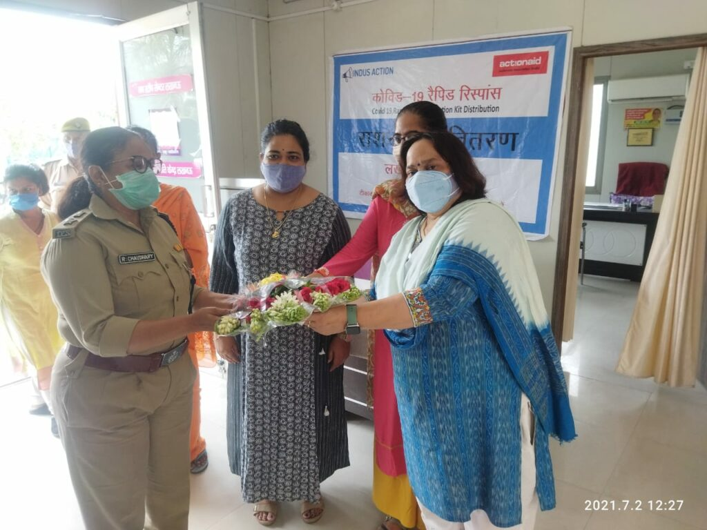 Ration given to migrant laborers by DCP Mahila Crime Ruchika Chaudhary